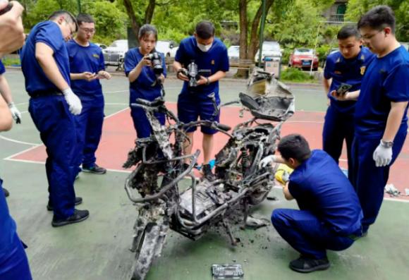 警惕电动车蓄电池事故发生,消除安全隐患